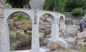 pískovcový most